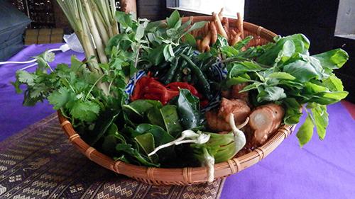 タイのハーブと野菜
