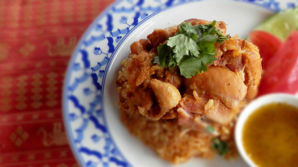 カオモックガイ|ข้าวหมกไก|鶏のカレー炊き込みご飯(チキンビリヤニ)